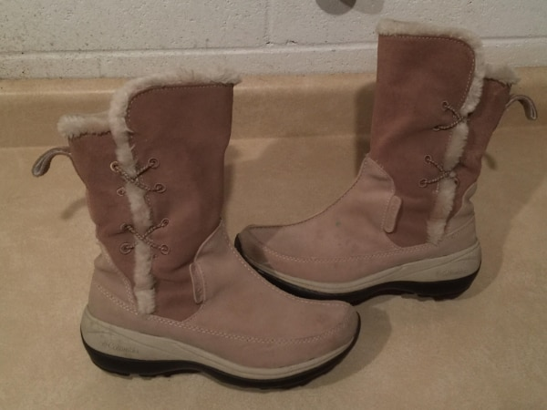 Women's Size 6 Columbia Delancey Waterproof Insulated Winter Boots