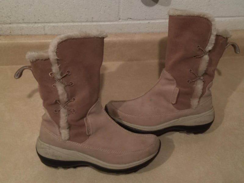 Women's Size 6 Columbia Delancey Waterproof Insulated Winter Boots e0ba17cc-a691-4afb-acb9-52028c916942