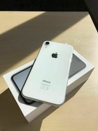 Apple iPhone XR - 128GB FRANKFURT