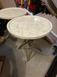 Set of two tables Hillsboro, 97123