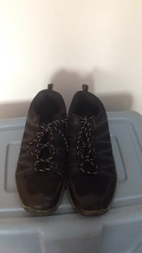 Pair of black leather work boots size 9 Winnipeg, R2M