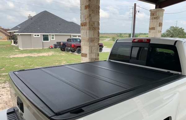 Used 5 8 Truck Bed Tonneau Cover Tri Fold For Sale In Erie Letgo