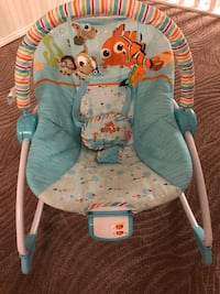 Fisher Price - Finding Nemo Baby Rocking Chair
