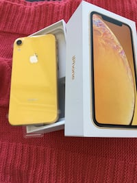 New Yellow iPhone XR  64gb with Receipt Mississauga, L5B