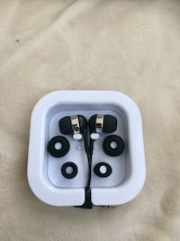 New Wire Earbuds Toronto, M5H