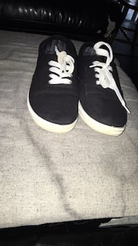 Size 9 worn 1 time  Barrie, L4M 6C7
