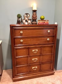 SOLID WOOD DRESSER  Accokeek, 20607