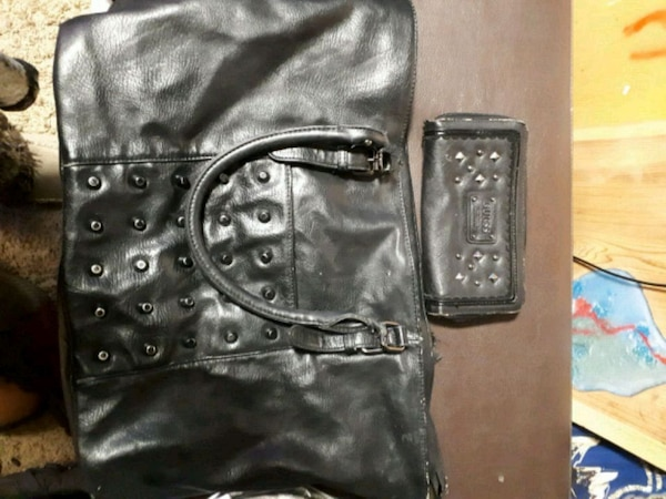 black leather Guess tote bag matching wallet