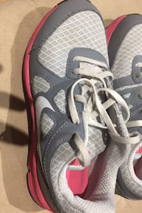 Girl Running Shoes Size 3 Toronto, M3A 1W9