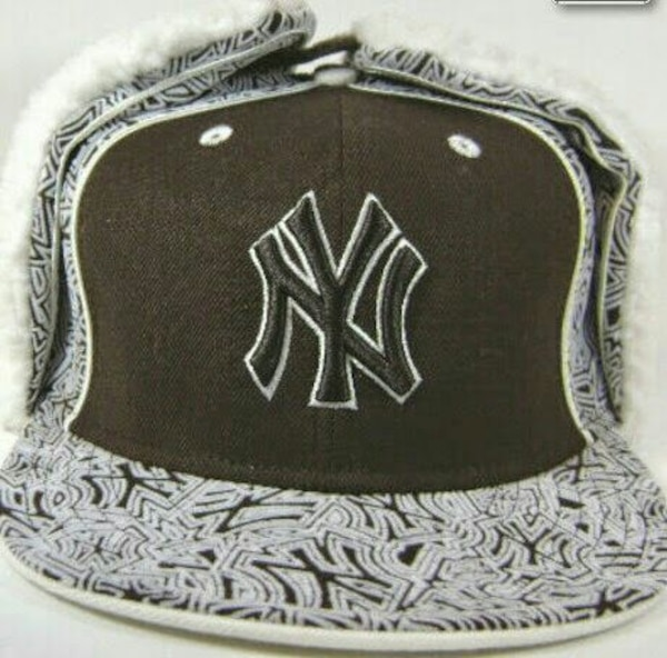 New York Yankees New Era 59fifty Dog Ear fitted usado en venta en Milford -  letgo 80a64a1e8eee