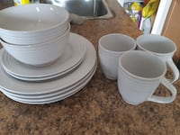Dinner Set ( pick up in Airdrie)