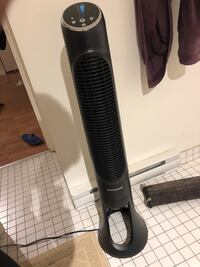 black and gray upright vacuum cleaner Montréal, H3A 1S8
