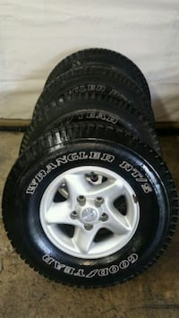 265 75 16 ALUMINUM DODGE TRUCK WHEELS AND TIRES Hagerstown, 21740