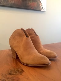 Chinese Laundry - women's mule boots Calgary, T2T 3S9