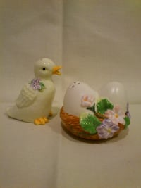 Avon Springtime Salt and Pepper Shakers   West Springfield