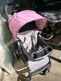 Gently Used Graco Purple Floral Stroller Houston, 77060