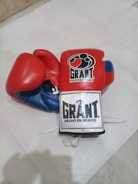 Professional GRANT Boxing Gloves Authentic  Toronto, M9C