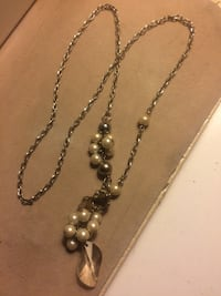 Long toggle necklace