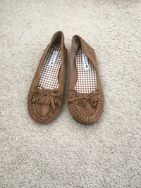 *Brand New* American Eagle Flats (Size 7.5) Silver Spring