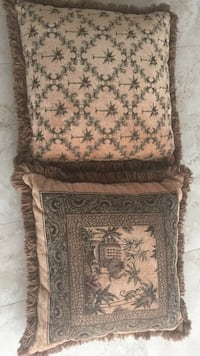 two brown bed pillows Homosassa, 34446