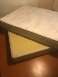Endeavour Queen mattress and box spring Vancouver, V6S 1B9