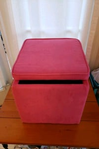 Red storage cube ottoman
