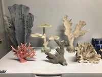 Saltwater aquarium Synthetic and real corals 58 km