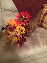 Cornucopia fall arrangement 109 mi