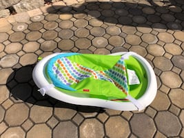 Fisher Price sling and seat baby bath tub—