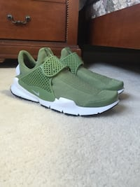 BRAND NEW NIKE SOCK DART SHOES SIZE 11 Brampton, L6P 1C5