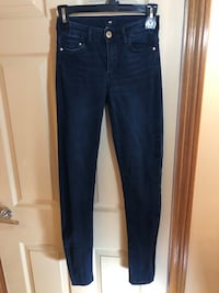 Dark Blue High-Waisted Jeggings: Size 4 Oshawa, L1G 2J2