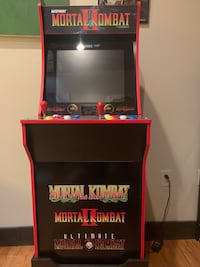 Mortal Kombat Arcade1up Machine w/ Riser