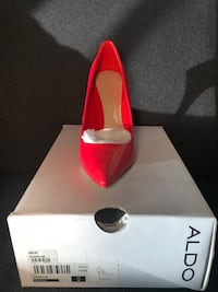 pair of red leather pointed-toe pumps with box Gaithersburg, 20877