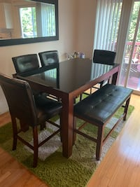 Dining table set  Fairfax, 22031
