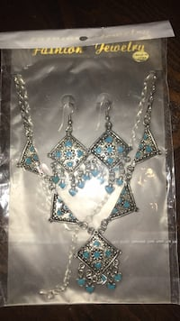New earrings and necklace set teal/silver Edmonton, T6V 0G1
