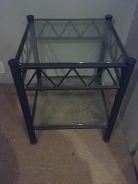 End table Berwyn, 60402