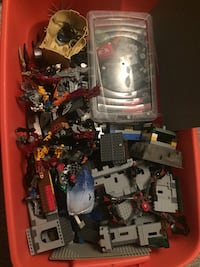 Bin of $1000+ of LEGO sets and pieces Winnipeg