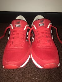 Red New Balance 501s Los Angeles, 90062