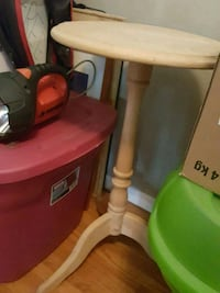 Small wooden table Calgary, T2B 0J2