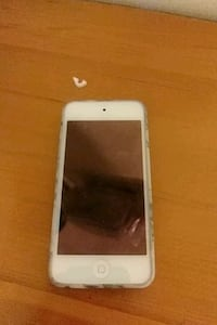 Ipod touch 6 32gb  Vancouver, V5P 2Z5