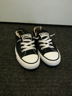 Converse size 8 with elastic style heel.
