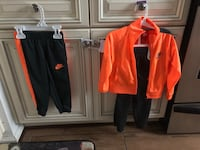 Nike Outfit Size 2T 18 mi