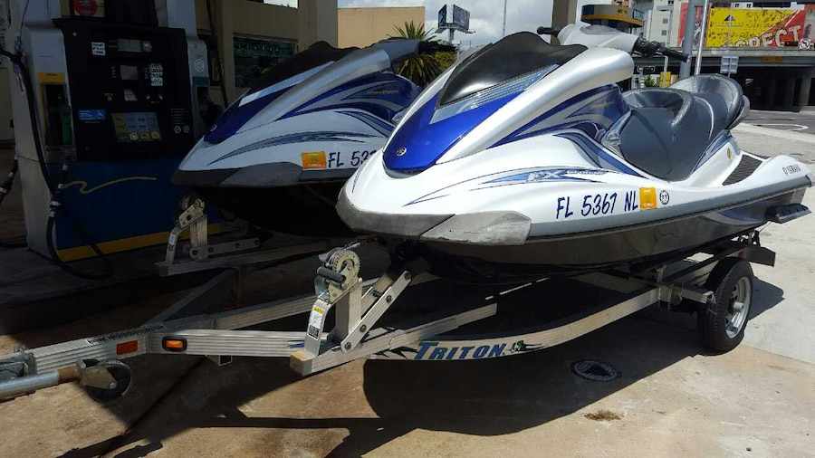 Used 3 yamaha jet ski fx cruiser 07 and vx 110 deluxe in for Yamaha jet ski dealer