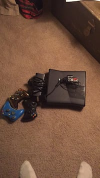 xbox360 250gig and controllers Richmond, 23220