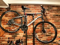 Ghost Square Cross 1.8 Bike *BRAND NEW* (free rack & bike misc items)