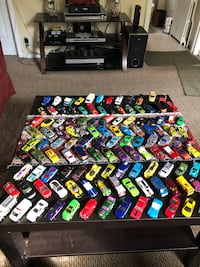 130 toy cars