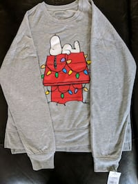 Brand new Juniors (L)Christmas Snoopy sweatshirt Virginia Beach, 23453