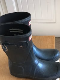 Women's hunter boots- blue - size 7 Surrey, V3V 6Y5