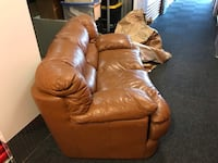 Brown leather sofa and loveseat  Alexandria, 22312