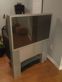 2003 Sony 48inch tv. Rear projection Bristow, 20136